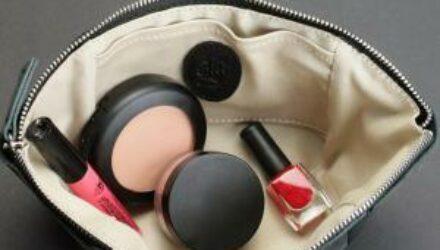 10 бьюти-товаров с AliExpress, которые полезно держать в своей косметичке