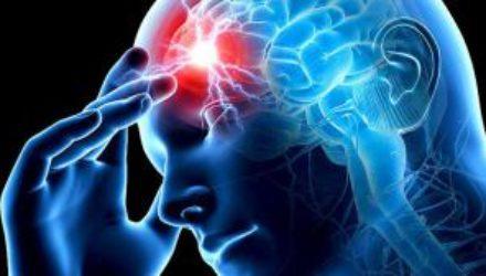 Как распознать начало инсульта и микроинсульта: 12 предупреждающих симптомов