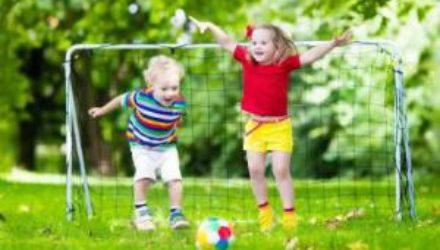 Супрун рекомендует родителям как можно раньше готовить детей к физической активности